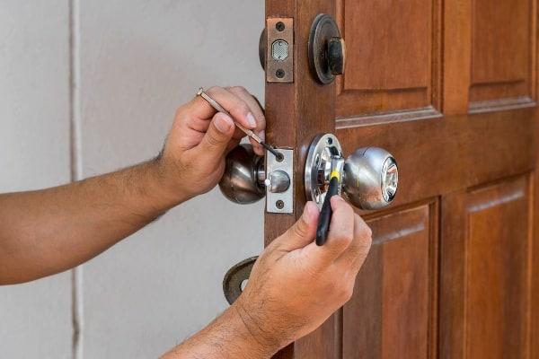 installing door lock