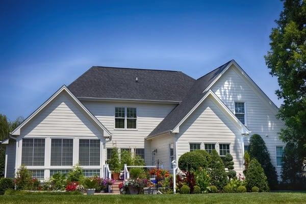house frontyard landscape