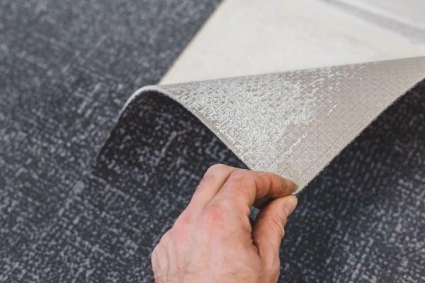 repair and finishing work of carpet