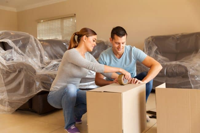 moving and packing decor items