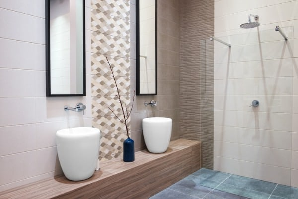 bathroom-filled-with-tile