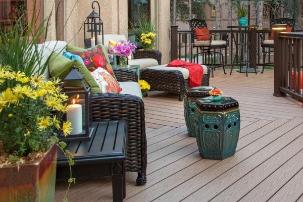furniture-on-deck