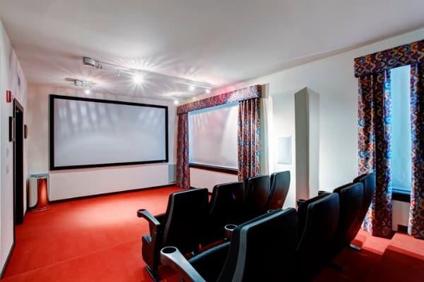 home-theatre-room-diy