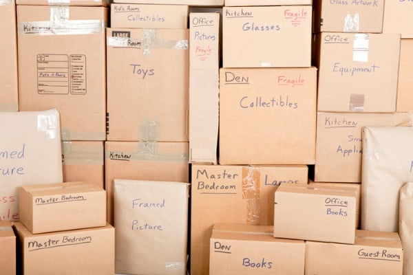 label-moving-boxes