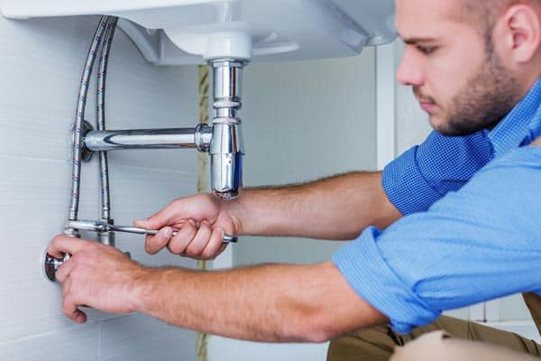4 Common Plumbing Problems and Tips to Prevent Them From Happening -  KnockOffDecor.com