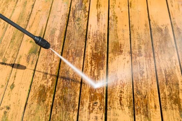 power-washing-wooden-deck
