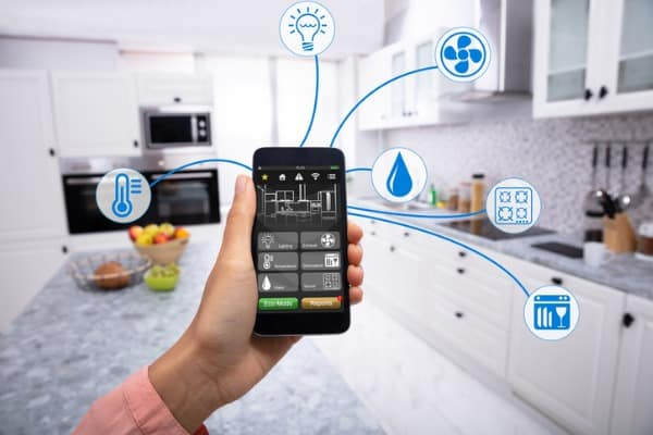controlling-smart-home