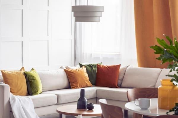 living-room-throw-pillows