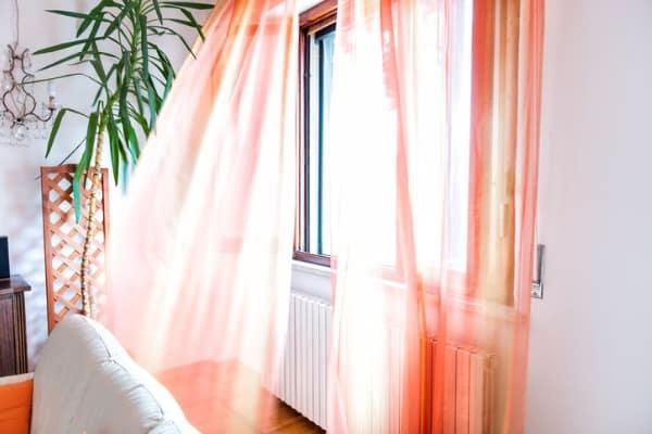 open-window-cooling-room