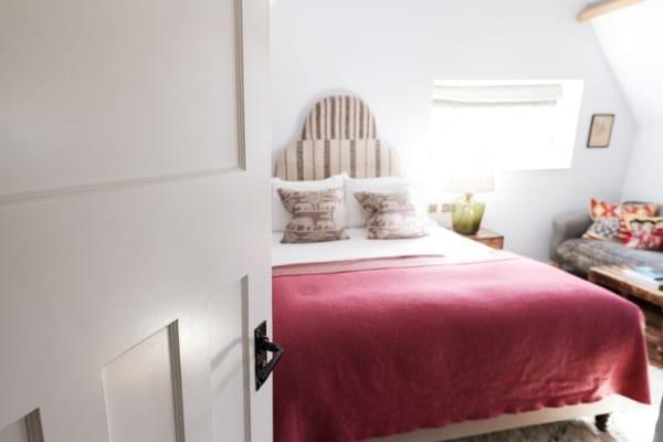 rented-guest-room