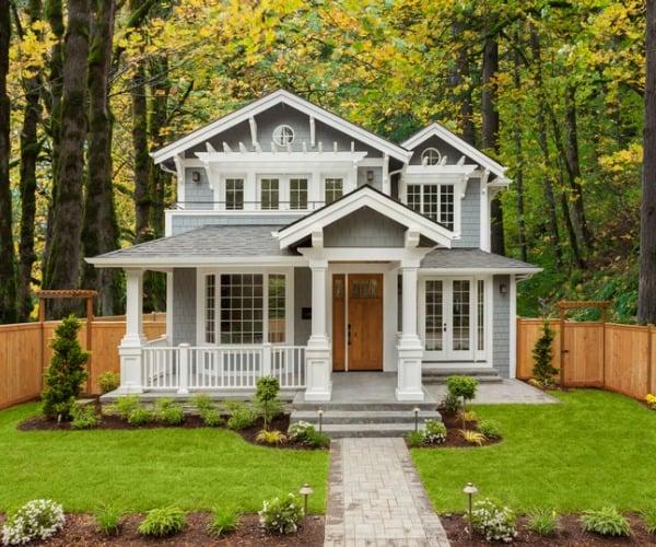 new-custom-home-landscaping