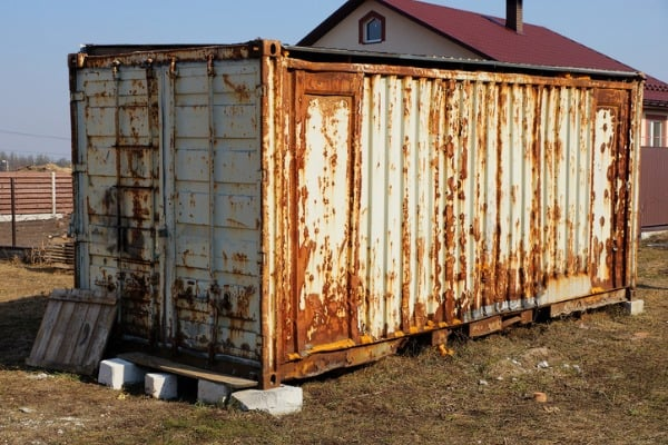 rusty-shipping-container-barn