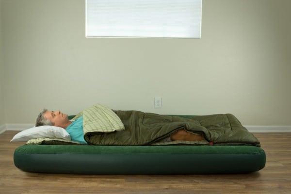 sleeping-on-air-mattress