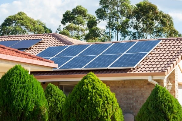 solar-panels-rooftop