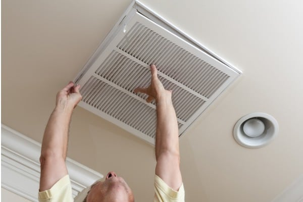 air-conditioning-filter-in-ceiling