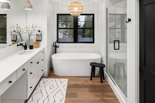 glass-shower-doors-small-bath