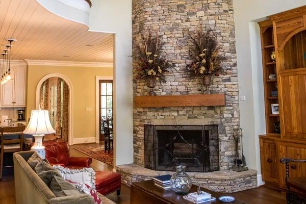 rustic-fireplace-cabin