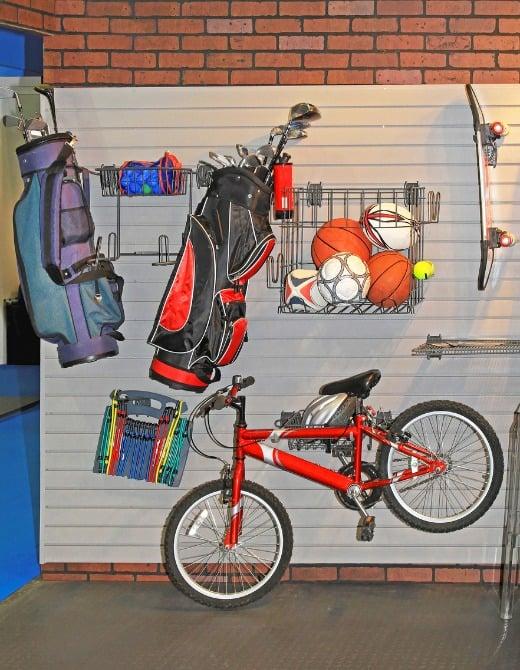 sports-storage-garage