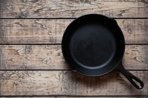 traditional-cast-iron-skillet-pan