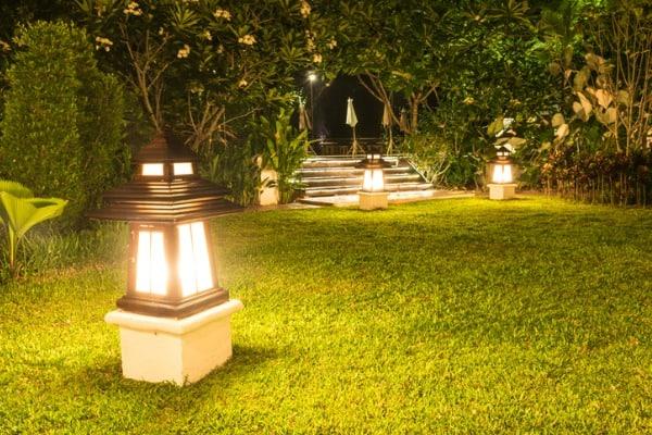 Tips on Lighting a Landscape