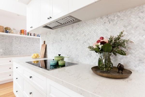 stylish-kitchen-counter-example