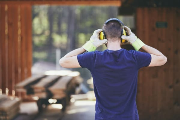 working-noise-wood-business