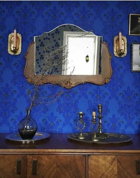 Royal Vintage Vanity