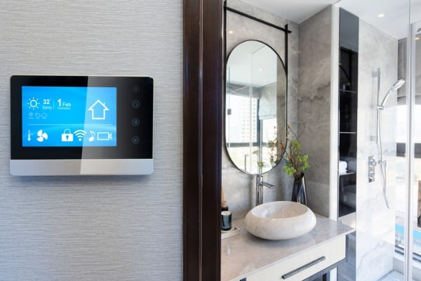 smart-home-system-on-intelligence-screen