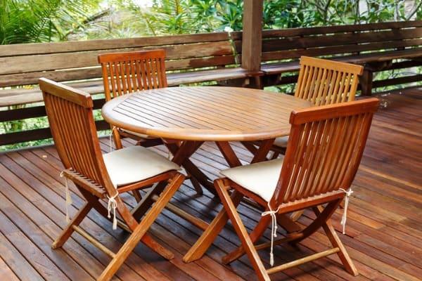 teak-wood-furniture-stand-on-the-terrace