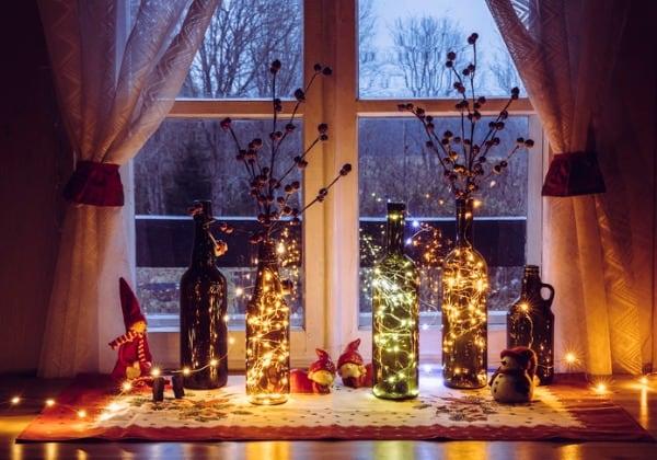 holiday decor window