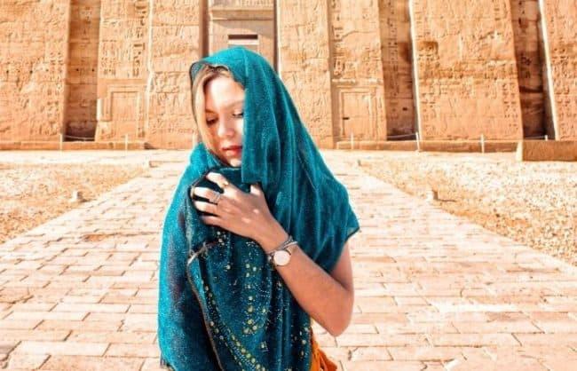 girl wearing teal shawl